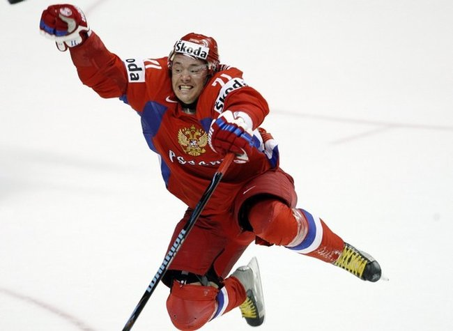 Russia's Kovalchuk celebrates after scoring on Canada during gold medal game at the 2008 World Hockey Championships in Quebec City